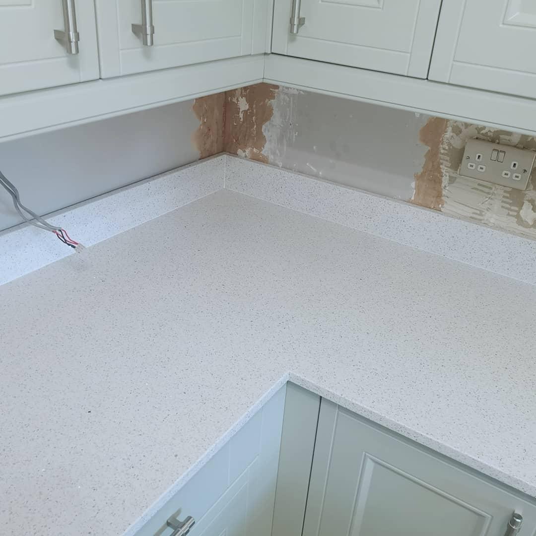 20mm White Sparkle Quartz Worktops - Solid Granite Surfaces